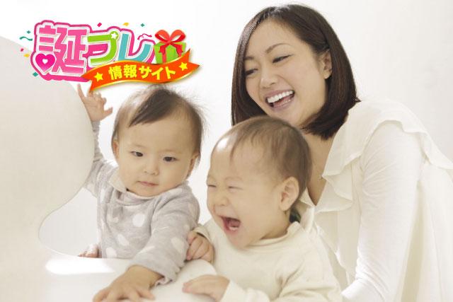 母親と赤ちゃんの画像