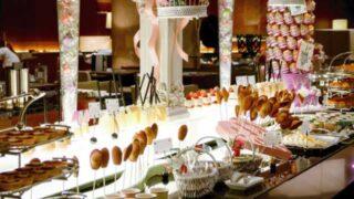 マーブルラウンジで誕生日にデザートを好きなだけ食べよう